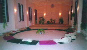 Meditation, Enquiry, Compassion – Vipassana meditation circle, Gaia House, Devon