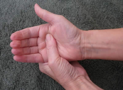 Reflexology diaphragm rocking technique