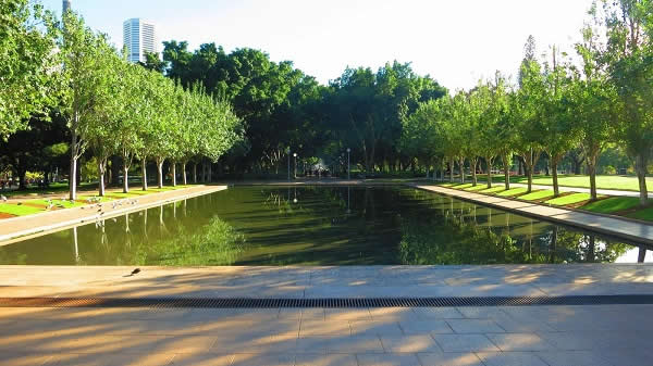 Pool of Reflection, ANZAC Memorial, Hyde Park, Sydney Australia