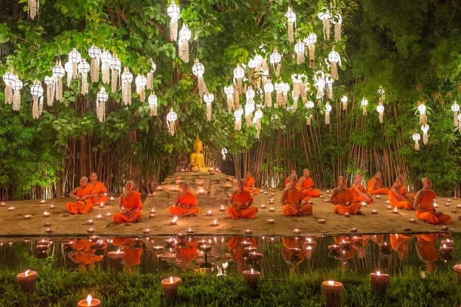 Loy Kratong Festival Buddhist Monk Fire Candles