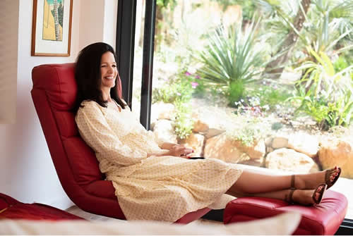 Ruth Kudzi reclining